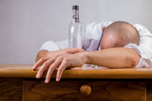 alcohol-hangover-event-death-52507-medium-jpeg